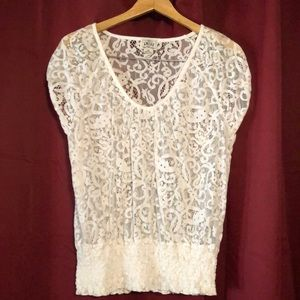 Ariat white lace top. Sz L. Banded bottom